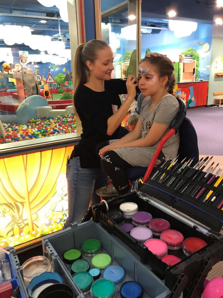 Kinderschminken farben