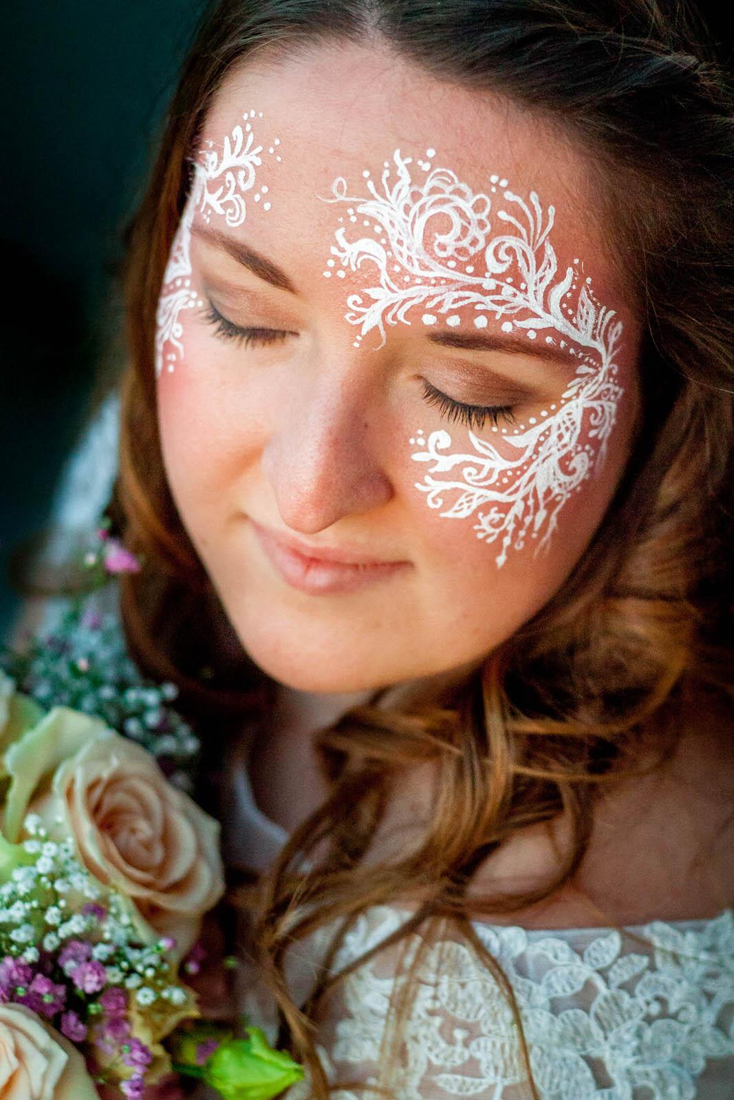 Einzigartiges Hochzeits-Make-up